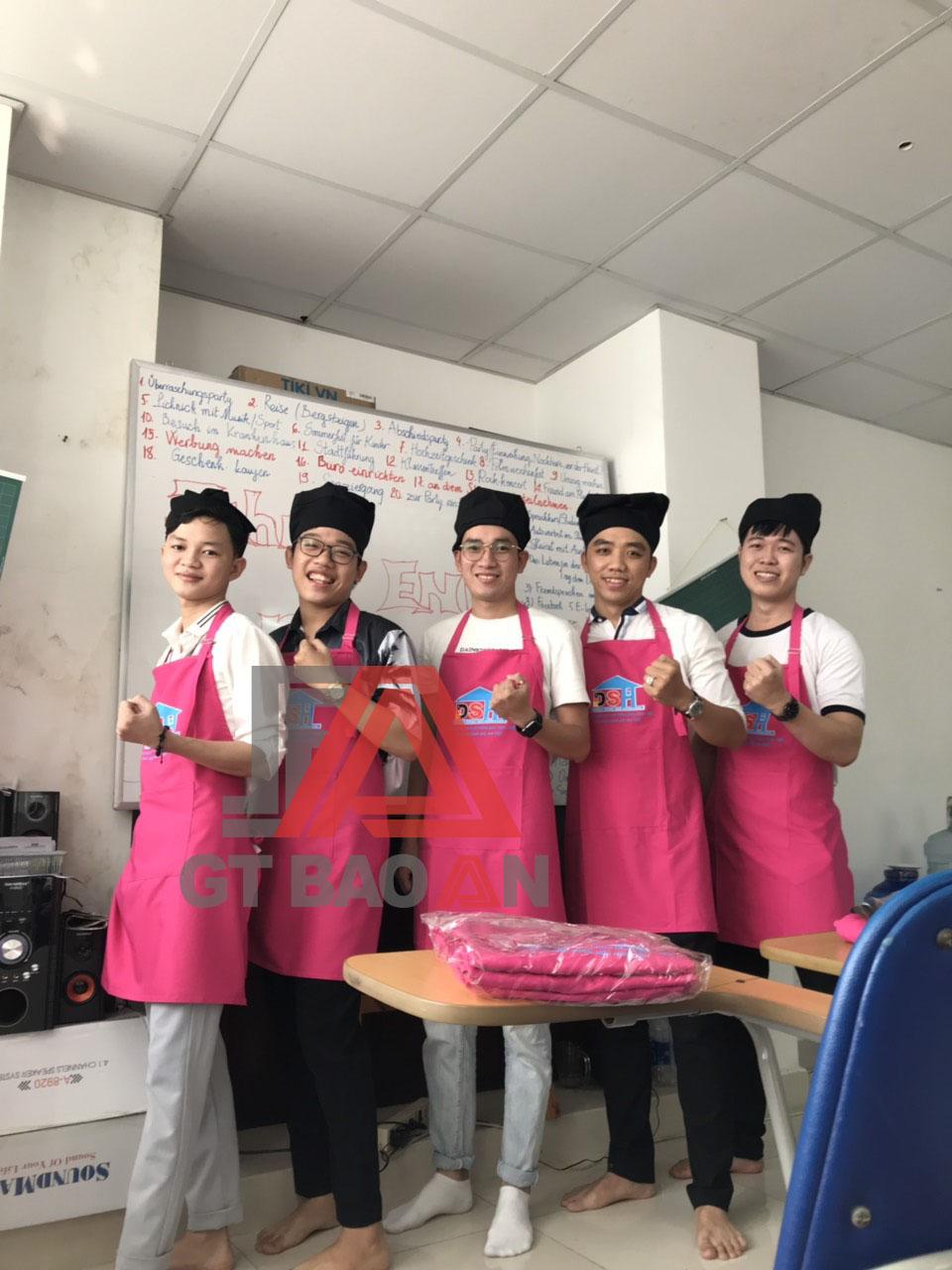 Tạp dề đồng phục nhân viên phục vụ quán Diệu Thanh