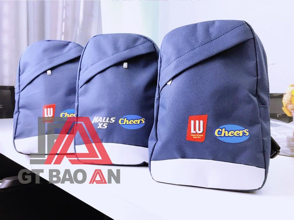Túi đeo chéo thời trang Cheers