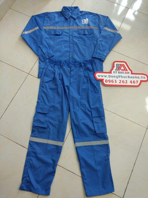 Quần áo bảo hộ lao động chất lượng công ty Sinh Hùng