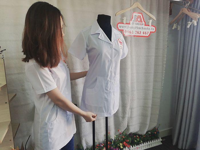 Áo Blouse Trắng Nhà Thuốc Chất Vải Cao Cấp - Sunny Maxx 04