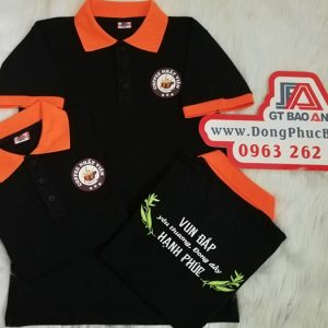 May đồng phục áo thun cổ trụ in logo quán coffee 01