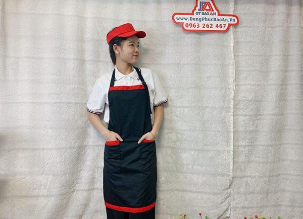 Tạp Dề Kaki Màu Đen Viền Đỏ Phục Vụ Tiệm Bánh 03