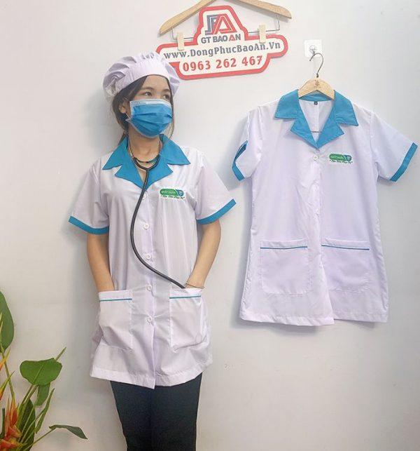 Áo blouse điều dưỡng tay ngắn phối viền xanh cho nữ 03