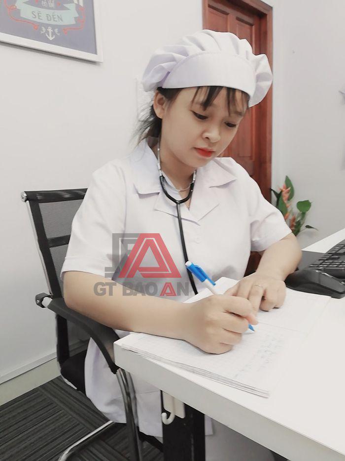 Đồng phục y tá, học sinh trường y khoa may sẵn giá cực rẻ 02