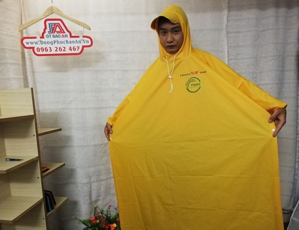 May áo mưa cánh dơi quà tặng cao cấp Y&M group 01