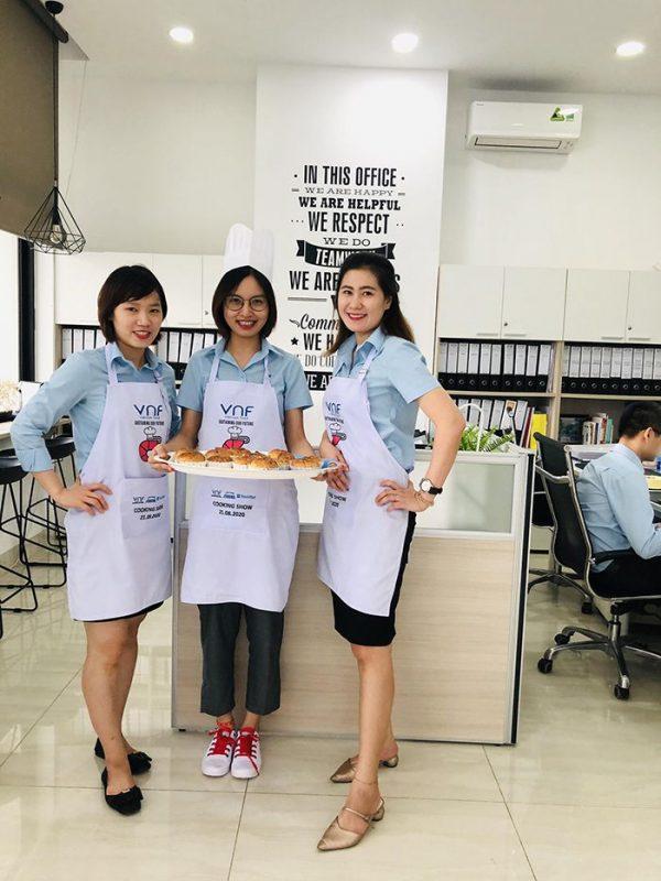 May tạp dề công ty cổ phần Việt Nam Food (VNF) 04