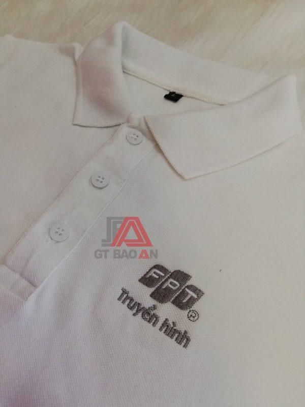 May áo thun đồng phục công ty FPT màu trắng