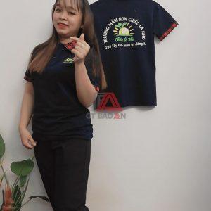 Áo thun giáo viên đồng phục trường mầm non chiếc là nhỏ 02