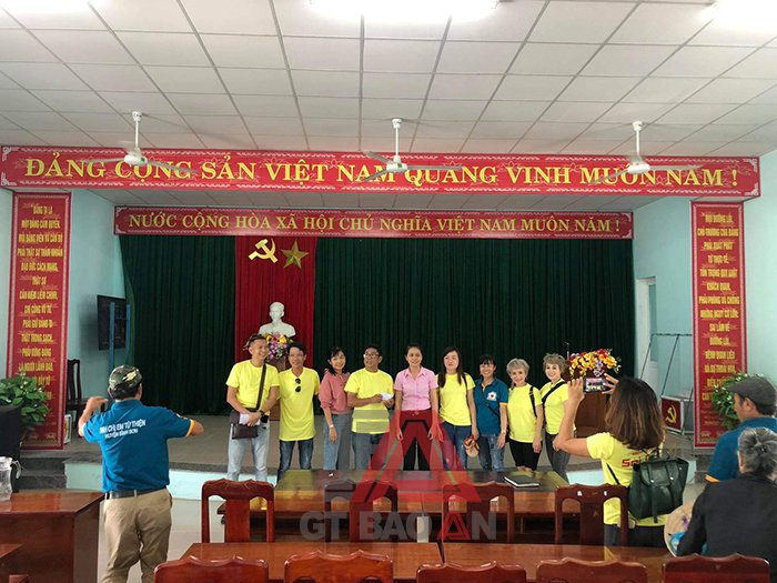 áo nhóm từ thiện