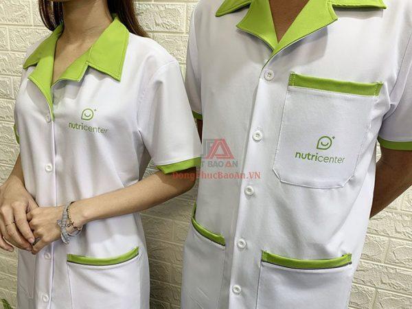 Mẫu Áo Blouse Dược Sĩ Cao Cấp Màu Trắng Phối Xanh Cốm Nutricenter