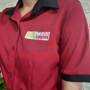 Mẫu Áo Sơ Mi Đồng Phục Đỏ Phối Đen Cho Nhân Viên Rạp Chiếu Phim TPHCM