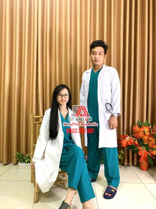 [May Sẵn] Bộ Scrubs bác sĩ cao cấp màu xanh ngọc lam - Bộ quần áo Blouse nam nữ cổ tim cho hộ lý, điều dưỡng bệnh viện
