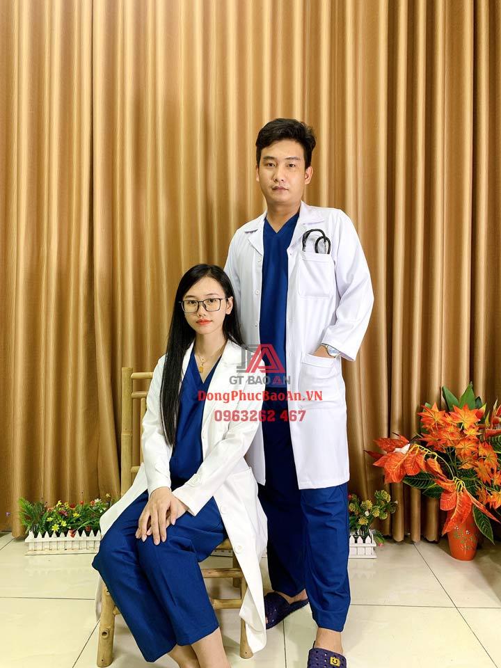 Bộ Scrubs bác sĩ xanh lam (xanh đoàn) cao cấp – Bộ quần áo Blouse kỹ thuật viên phòng mổ, hộ lý