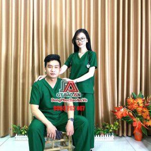 [May Sẵn] Bộ Scrubs bác sĩ phòng mổ màu xanh lá - Bộ quần áo nam nữ phẫu thuật viên, hộ lý, điều dưỡng cao cấp vải Kate Ford SG