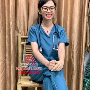 Bộ Scrubs y khoa, Bộ quần áo bác sĩ phẫu thuật, y tá cổ tim màu Cổ Vịt cao cấp - vải Cotton thun Hàn Quốc