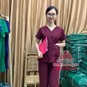 Bộ Scrubs bác sĩ, Quần áo đồng phục y tá điều dưỡng cổ tim màu Đỏ Đô cao cấp - vải cotton thun Hàn Quốc